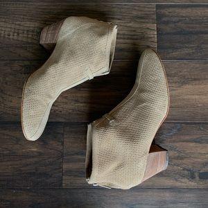 Aquatalia ankle suede booties